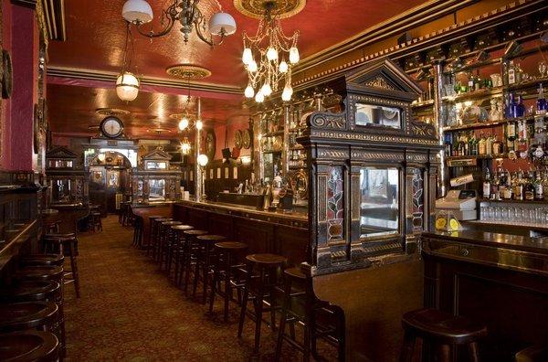 Dublino Pub Birra E Il Divertente Intrattenimento