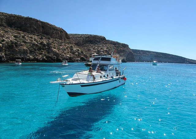 Discover Lampedusa Island during winter