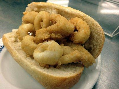 Calamari Sandwich Bar Postas (big)